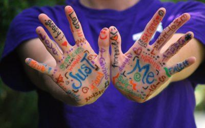 Les troubles du comportement chez l'enfant et les bienfaits de l'art-thérapie