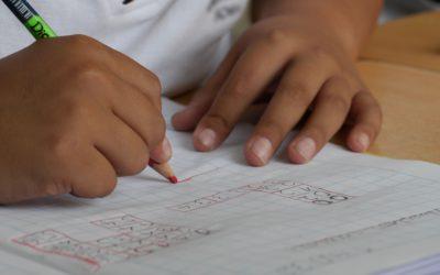 L'ART-THERAPIE ACCOMPAGNE LES ENFANTS DYS ET LEURS REDONNE CONFIANCE